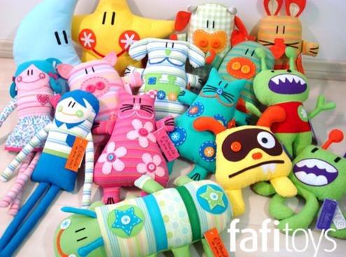 Веселые и яркие игрушки от
