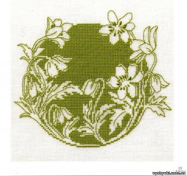Вышивка: Цветы монохром